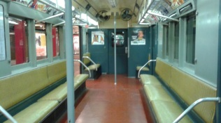 Subway_Seating